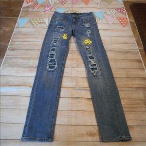 Twentyone sz 1/2 destroyed patches rue 21 jeans